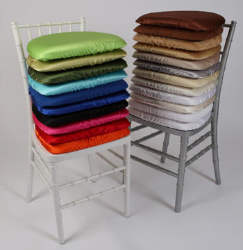 Check Out Our Chiavari Chair Options And Cushion Colors Rental Includes Black White Or Ivory Additional Color Available